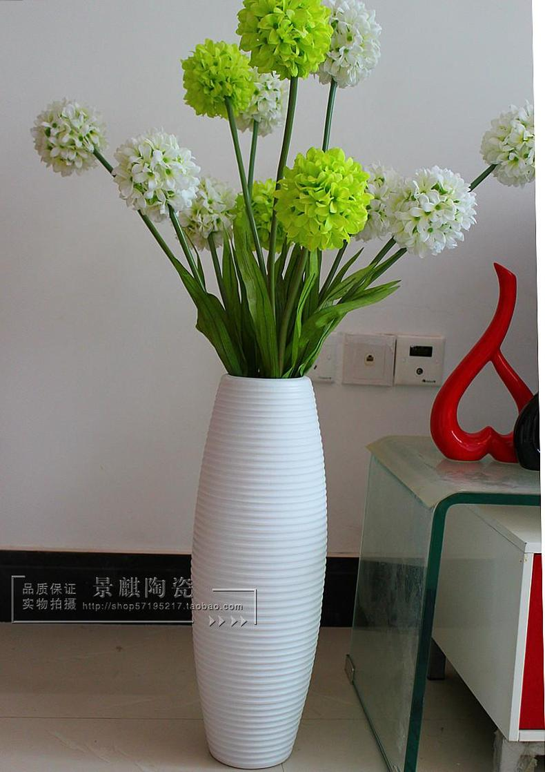 Белые напольные вазы своими руками 45